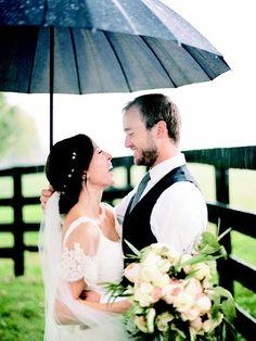Pin for Later: Jennifer Lawrence était magnifique au mariage de son frère !  Source: Ryan Ray / Martha Stewart Weddings