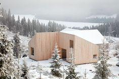 Mylla Hytte / Mork-Ulnes Architects