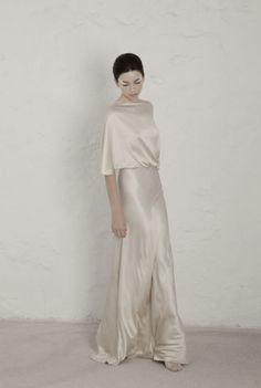Vestidos de Novia Cortana. Pide tu cita online.