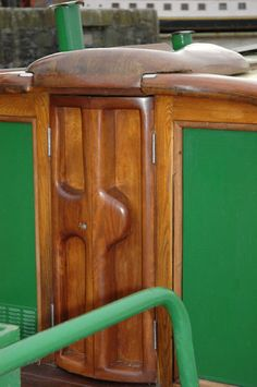 Aussies & Narrowboats: FIT-OUTS TO MAKE YOU GO OOOH AHHHH