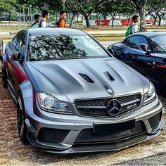 Mercedes C63 AMG Black Serie
