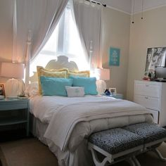 Picture perfect room for college, with turquoise and yellow... Get Preppy College Dorm Room Ideas like this on Uscoop.com!