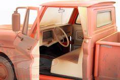 12863: Chevrolet Pick-up Twilight Dirty Version Bj. 1963 rot / orange 1:18 Greenlight, EAN 810166016414Hersteller: Greenlight Maßstab: 1:18 Fahrzeug: Chevrolet Pick-up Twilight Dirty Version Baujahr: 1963 Artikelnummer: 12863 Farbe: rot / orange EAN 810166016414