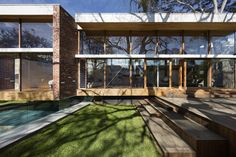 Gallery of Camberwell House / AM Architecture - 4