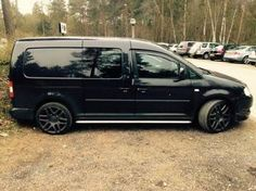 """Visit our website for additional details on """"minivan rental"""". It is a superb area for more information. Volkswagen Caddy, Vw T1, Caddy Van, Vw Caddy Maxi, Chrysler Pacifica, Honda Odyssey, Camping Guide, Entertainment System, Caravan"""