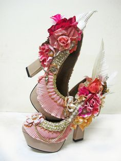 Customised pink shoes. Mind Like Magpie by Charlie Tuesday Gates http://www.facebook.com/mindlikemagpie