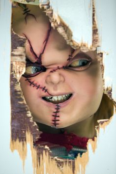 What's more evil than something so innocent being possessed by a killer? <3 Chucky <3