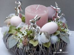 **Osterkranz *Silver Bunny* ** …handgearbeitetes Unikat aus haltbaren Deko-Mat… – Keep up with the times. Easter Wreaths, Christmas Wreaths, Christmas Tree, Christmas Crafts To Make, Selling Handmade Items, Easter Table, Holidays And Events, Easter Crafts, Tree Decorations