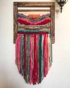 Un favorito personal de mi tienda de Etsy https://www.etsy.com/es/listing/516876535/woven-wall-hanging