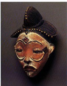 punu - Google Search African Life, African Culture, African Art, Art Sculpture, Sculptures, Art Premier, Masks Art, Afro Art, African Masks