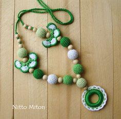 Nursing necklace Sling Accessory Teething Babywearing Breastfeeding crochet necklace Newborn gift Wooden Beads & ring Nursing jewelry