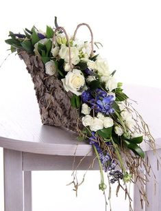 funeral sprays & wreaths – – Source by Funeral Flower Arrangements, Modern Flower Arrangements, Funeral Flowers, Deco Floral, Arte Floral, Floral Design, Funeral Sprays, Grave Decorations, Sympathy Flowers