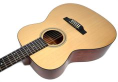 We have a pre-owned Martin J12-16GT 12  string guitar for sale. 2009, Satin finish and in good condition,  FABULOUS SOUND and playability, there is finish wear on back of neck and  a small nick on the headstock, please see photos.SPECIFICATIONS:  Model: J12-16GT Construction: Ply Blocks/Simple Dovetail Neck Joint Body Size: J-14 Fret Top: Solid Sitka Spruce Rosette: Bold Herringbone Top Bracing Pattern: Hybrid ''X'' Scalloped Top Braces: Solid Sitka Spruce 5/16 Back Material: Solid Genuine …