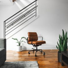 Classy modern interiors from featuring the SOHO Premier Soft Pad Chair. Office Interior Design, Office Interiors, Modern Interiors, Modern Chairs, Modern Decor, Modern Design, Chair Design, Furniture Design, Cool Chairs