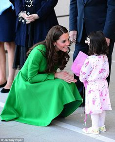 She so much reminds me of Diana. Kate was stopped by three-year-old Wilhelmina Dreghorn who gave the duchess a bunch of flowers William And Son, Prince William, Princess Mary, Princess Charlotte, Duchess Kate, Duke And Duchess, Kate Middleton News, Royal Uk, Catherine Walker