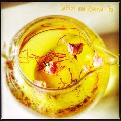 Saffron Tea, Saffron Spice, Saffron Crocus, Drink Bar, Persian Tea Recipe, Persian Recipes, Tea Recipes, Indian Food Recipes, Lemon Verbena Tea