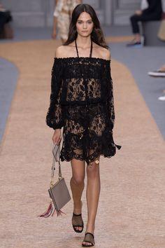 Chloé Spring 2016 Ready-to-Wear Fashion Show - Rachel Finninger (OUI)