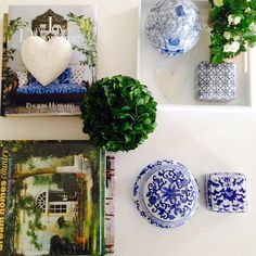 Coffee table all sorted, blue, white and green #hearthome
