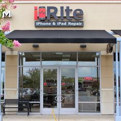 i-Rite Richmond, VA's iPhone screen repair service. Cracked screen, iPad, iPod Touch, Galaxy S repair. We now offer Samsung Galaxy S series phones screen repair in our store, and iPhone screen repairs you can trust to be quality.