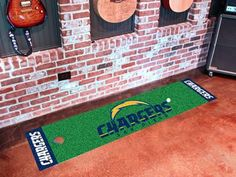NFL - San Diego Chargers Putting- Green Runner