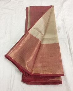 Mangalagiri handloom silkcotton saree with blouse!** Free shipping within India * **All our silkcotton sarees are 60% silk and 40% cotton. ( That's why it's shining in pics) *We don't use any fancy cameras. What you see in pics will be 100% same in person. **Touch and feel is out of the world, recognized only in person! ♥️😻***#silk #saree#silksaree#sareefashion#1000putta #cotton #chiffon #printed #sari #shippingworldwide #instastyle #material #instastore #lookoftheday #bridalwear…