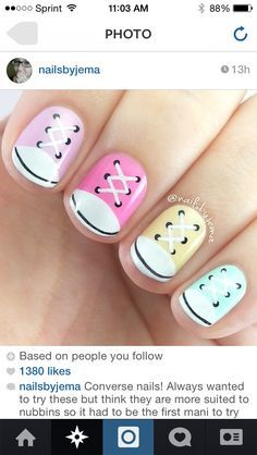 Nail art Christmas - the festive spirit on the nails. Over 70 creative ideas and tutorials - My Nails Fancy Nails, Diy Nails, Cute Nails, Converse Nails, Converse Sneakers, Sneakers Fashion, Fashion Shoes, Converse Style, Pastel Converse
