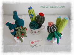 Piccole composizioni di piante grasse ad uncinetto by https://www.facebook.com/CreareconpassioneeamoreCreazioni/ … … … … … … #crochet #handmade #cactus