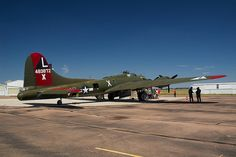 "B-17G Flying Fortress bomber ""Texas Raiders"", Tail #483872X."