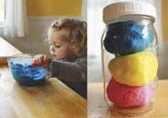 365together: Идея от МИФа: Готовить самодельный пластилин