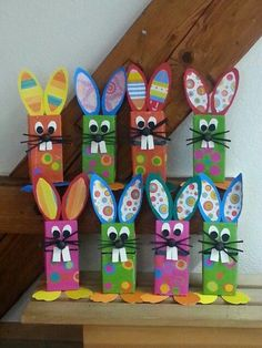 Osterbasteln Osterbasteln The post Osterbasteln appeared first. Best Picture For fall Fabric Craft Easter Arts And Crafts, Bunny Crafts, Spring Crafts, Holiday Crafts, Toddler Crafts, Preschool Crafts, Toilet Paper Roll Crafts, Paper Crafts, Fabric Crafts