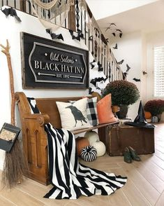 25 Interesting Halloween Home Decor Ideas. If you are looking for Halloween Home Decor Ideas, You come to the right place. Below are the Halloween Home Decor Ideas. This post about Halloween Home Dec. Spooky Halloween, Halloween Home Decor, Diy Halloween Decorations, Halloween Party Decor, Fall Home Decor, Autumn Home, Halloween Entryway, Halloween 2019, Halloween Halloween