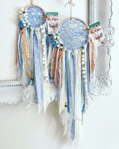 Have The Wedding Of Your Dreams With These Simple Tips Lace Dream Catchers, Dream Catcher Boho, Initial Crafts, Diy And Crafts, Arts And Crafts, Family Presents, Make And Sell, How To Make, Macrame Art