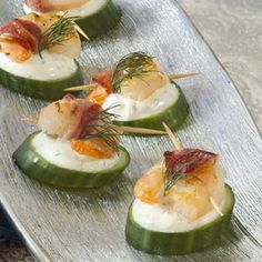 Tzatziki Shrimp Cucumber Rounds Recipe from Taste of Home -- shared by Shannon Rose Flaherty of Hampton Bays, New York Skewer Appetizers, Cold Appetizers, Appetisers, Appetizer Recipes, Greek Appetizers, Appetizer Ideas, Dinner Recipes, Boursin Recipes, Shrimp Recipes