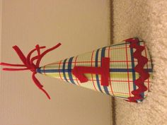 DIY Plaid Party Hat - Cereal Box insert