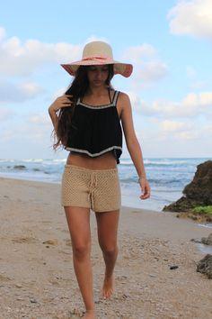 Crochet shorts pattern Beginner crochet patterns, Summer shorts tutorial Crochet…