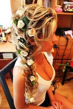 """Flowers in hair. Real life """"tangled"""" hair would be beautiful bridal hair! Braided Hairstyles For Wedding, Pretty Hairstyles, Hairstyle Ideas, Perfect Hairstyle, Flower Hairstyles, Wedding Braids, Hairstyle Wedding, Elsa Hairstyle, Fishtail Braid Wedding"""