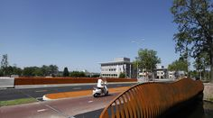 Bridge, Brug de Hurk. Gemeente Eindhoven. Designed by Bureau Stoep.