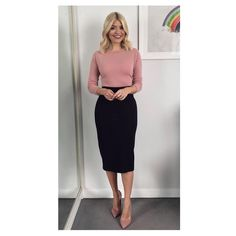 """Polubienia: 18.6 tys., komentarze: 297 – Holly Willoughby (@hollywilloughby) na Instagramie: """"Thursday's @itvthismorning and Spring has sprung, inspired by #trinnywoodall and her fashion item…"""""""