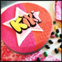 Cool graffiti cake