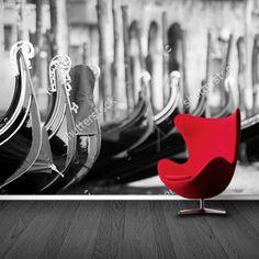 Fotobehang Venetiaanse Gondels (zwartwit) | Maak het jezelf eenvoudig en bestel fotobehang voorzien van een lijmlaag bij YouPri om zo gemakkelijk jouw woonruimte een nieuwe stijl te geven. Voor het behangen heb je alleen water nodig!   #behang #fotobehang #print #opdruk #afbeelding #diy #behangen #italie #italiaans #venetie #gondels #bootjes #boten