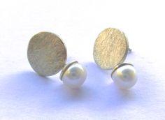 schlichter Silber Ohrring mit Süßwasserperle