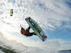 Szkolenia kitesurfingowe w Jastarni