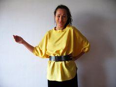 Mustard Yellow Blouse Oversized Kimono Sleeve door VintageDreamBox