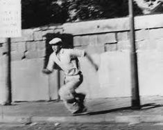 This man has just escaped over the Berlin Wall and is running away so that he won't be caught. Here the wall is not yet fortified. Berlin Wall, Running Away, This Man, Statue, History, Art, Walls, Art Background, Historia