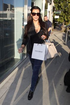 Kim Kardashian Photo - Kim Kardashian Leaves Pascal Mouawad's Jewelry Store