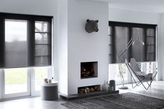 Lichtdoorlatend screen rolgordijn van bece®, extra geschikt voor grote ramen #rolgordijn  #raamdecoratie #zonwering #screen #interieur