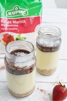 """Deser kokosowy z kaszy manny   Składniki: ( na jeden słoiczek) - kasza manna """"Kupiec"""" - 1 łyżka - wiórki kokosowe - 2 łyżki..."""