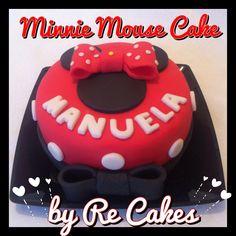 Bolo personalizado da Miinie para a Manuela.  Minnie Cake by Re Cakes. Disney.