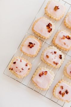 vanilla-and-rose-infused-shortbread-cookies-1
