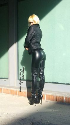 Do they have TandA power? Leather Tights, Tight Leather Pants, Leather Jeans, Biker Leather, Leather And Lace, Hot High Heels, Sexy High Heels, Thigh High Boots, High Heel Boots